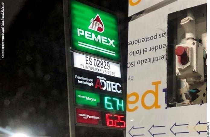 Piden a AMLO no mentir sobre gasolina